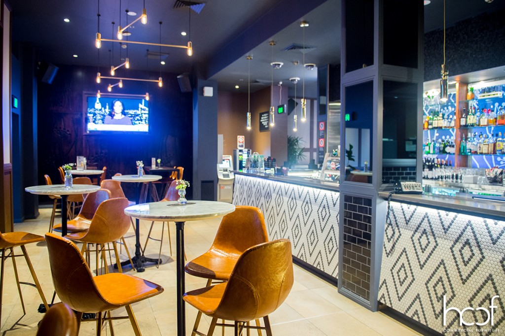 HCCF_Commercial_Furniture_bar_Charlie_chans_george_street
