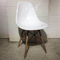 HCCF_Commercial_Furniture_Clearance_Plastic_Dining_Chair_Timber_Legs_Glossy_White